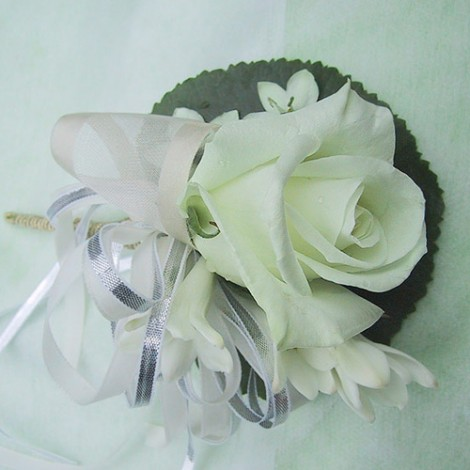 胸花-白玫瑰 胸花 緞帶 鮮花 記者會