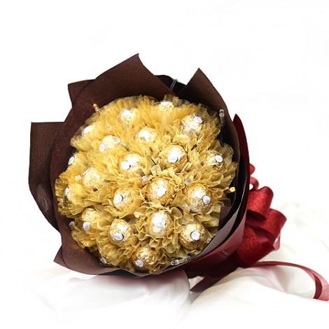 女生情人節禮物推薦 22顆金莎花束 線上訂花 線上訂花 情人節禮物推薦 情人節禮物推薦女生