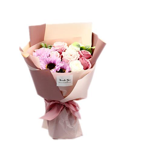 教師節送什麼最好 玫瑰花香皂花束 祝教師節快樂 教師節花束 教師節送什麼最好   教師節快樂