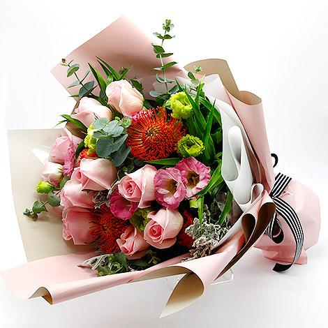 台北花店推薦 有你真好玫瑰花束 情人節驚喜 花店代客送花