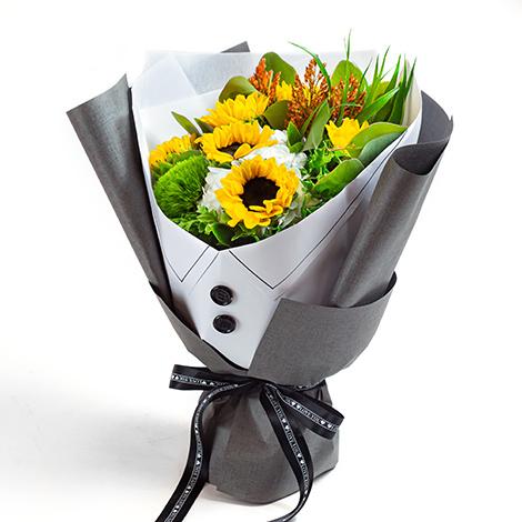 送甚麼教師節禮物 西裝向日葵花束傳達心意 感恩教師節 教師節花束 教師節花禮